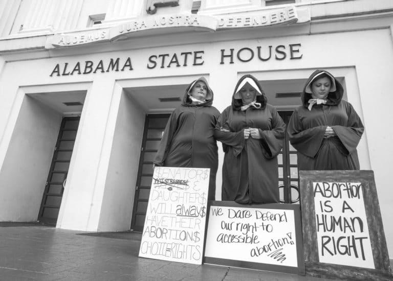 [USA] Adoption brutale de projets de loi sur l'avortement – Ripostons contre la droite !