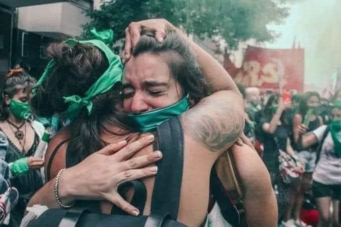 ¡ Es ley ! L'avortement légal en Argentine remporté grâce à la lutte !